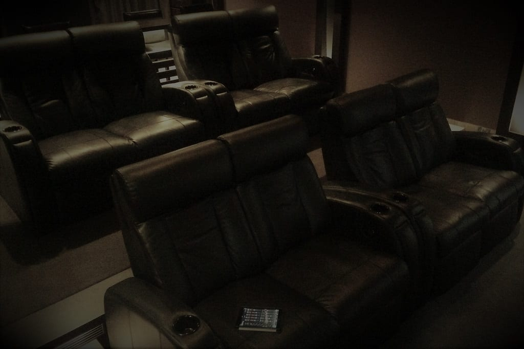 Finlay Cinema Room3